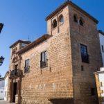 En su interior se encuentra el Museo Municipal de Ronda